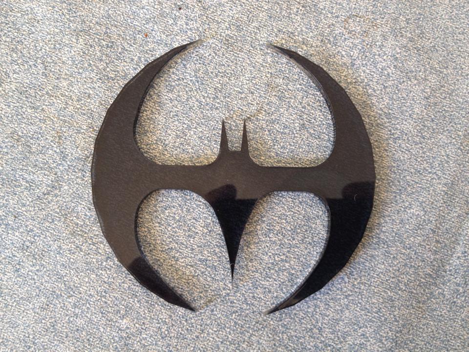 Azrael Batman batarang